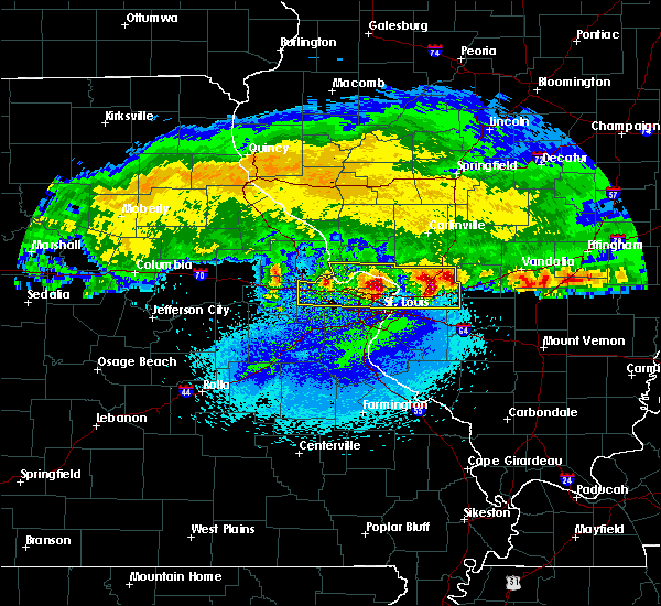 Radar Image for Severe Thunderstorms near Berkeley, MO at 3/27/2020 3:27 AM CDT