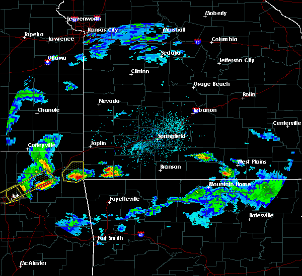 Radar Image for Severe Thunderstorms near Noel, MO at 3/27/2020 3:27 PM CDT