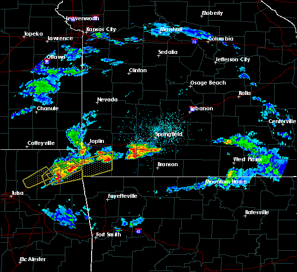 Radar Image for Severe Thunderstorms near Aurora, MO at 3/27/2020 4:05 PM CDT