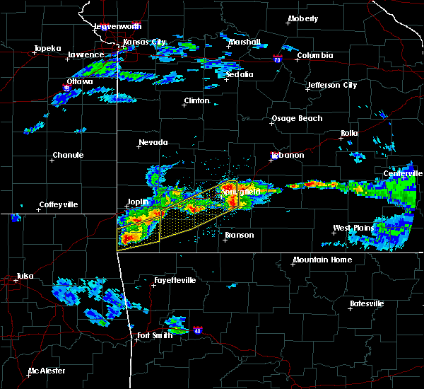 Radar Image for Severe Thunderstorms near Bennett Springs, MO at 3/27/2020 4:37 PM CDT