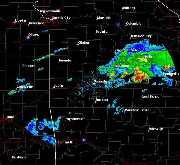 Radar Image for Severe Thunderstorms near Houston, MO at 3/27/2020 5:51 PM CDT