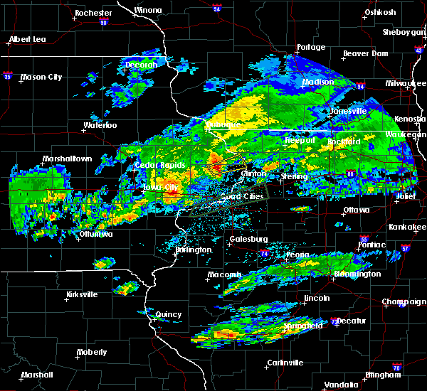 Radar Image for Severe Thunderstorms near Miles, IA at 3/28/2020 2:58 AM CDT