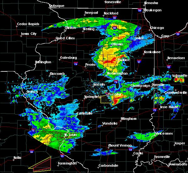 Radar Image for Severe Thunderstorms near Sullivan, IL at 3/28/2020 12:13 PM CDT