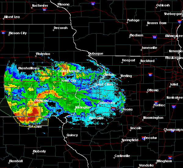 Radar Image for Severe Thunderstorms near Central City, IA at 6/24/2015 11:07 PM CDT