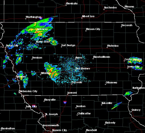 Radar Image for Severe Thunderstorms near Stuart, IA at 3/28/2020 2:27 PM CDT