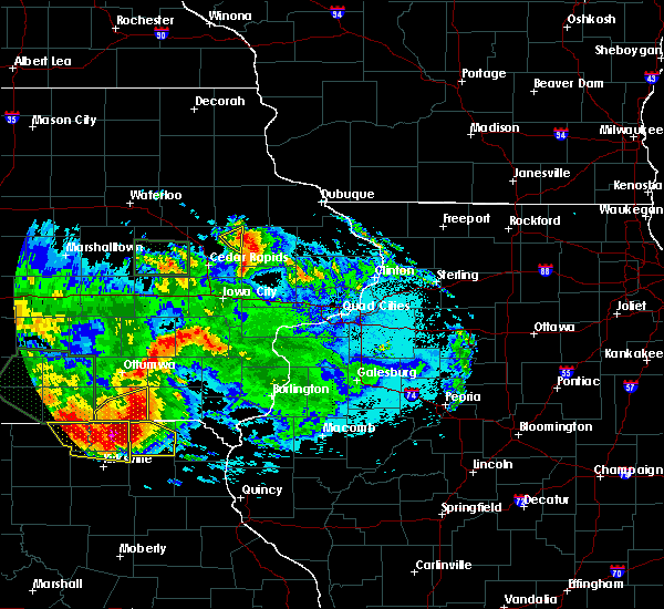 Radar Image for Severe Thunderstorms near Central City, IA at 6/24/2015 11:12 PM CDT