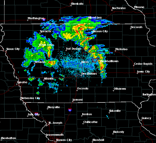 Radar Image for Severe Thunderstorms near Liscomb, IA at 3/28/2020 4:56 PM CDT