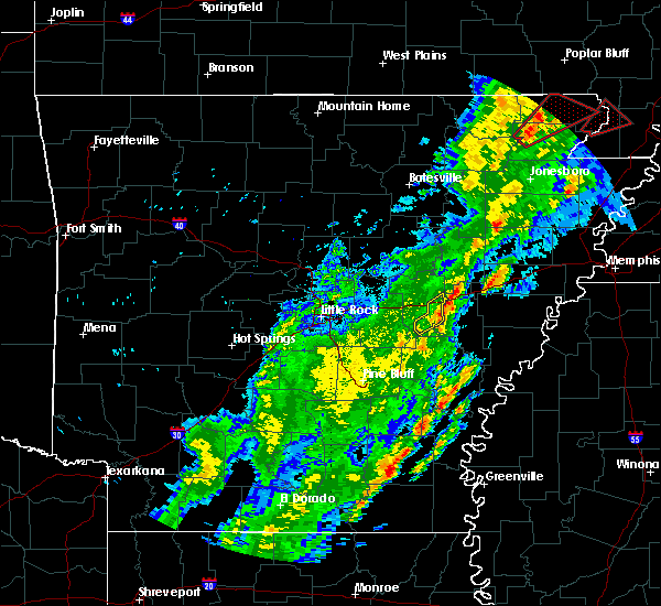 Radar Image for Severe Thunderstorms near Monticello, AR at 3/28/2020 6:02 PM CDT