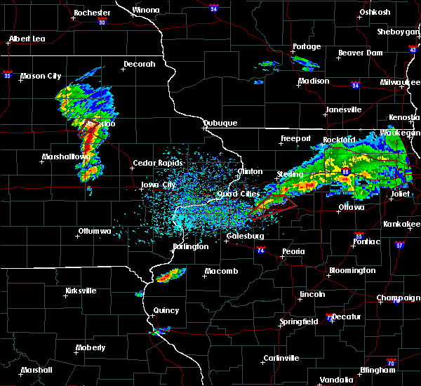Radar Image for Severe Thunderstorms near Fairbank, IA at 3/28/2020 6:06 PM CDT