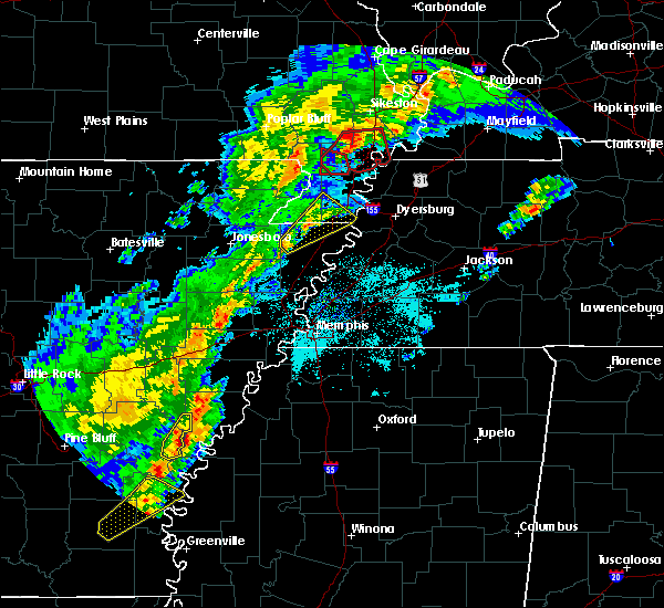 Radar Image for Severe Thunderstorms near Blytheville, AR at 3/28/2020 6:29 PM CDT