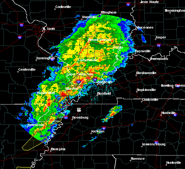 Radar Image for Severe Thunderstorms near Morehouse, MO at 3/28/2020 6:38 PM CDT