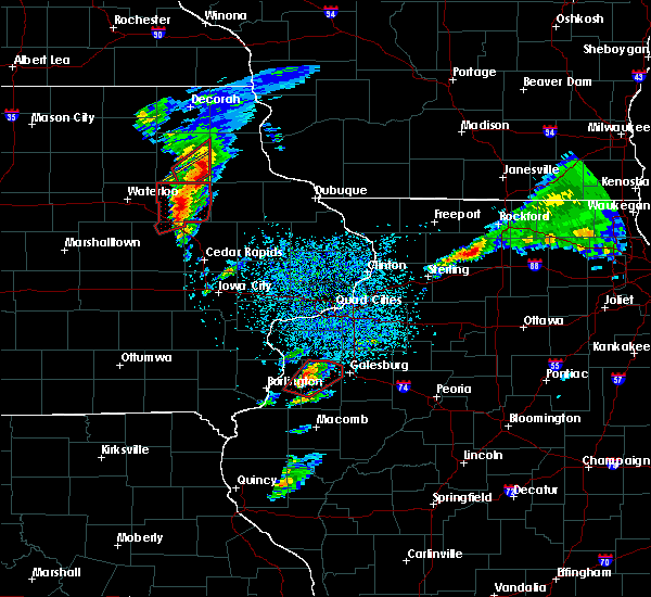 Radar Image for Severe Thunderstorms near Winthrop, IA at 3/28/2020 6:53 PM CDT