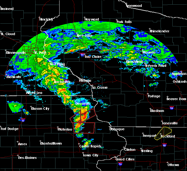 Radar Image for Severe Thunderstorms near Wadena, IA at 3/28/2020 7:09 PM CDT