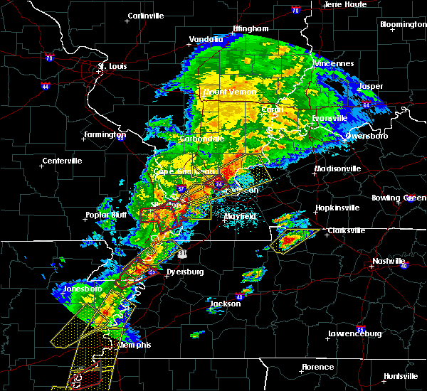 Radar Image for Severe Thunderstorms near Mound City, IL at 3/28/2020 7:14 PM CDT
