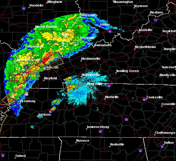 Radar Image for Severe Thunderstorms near Clarksville, TN at 3/28/2020 7:17 PM CDT