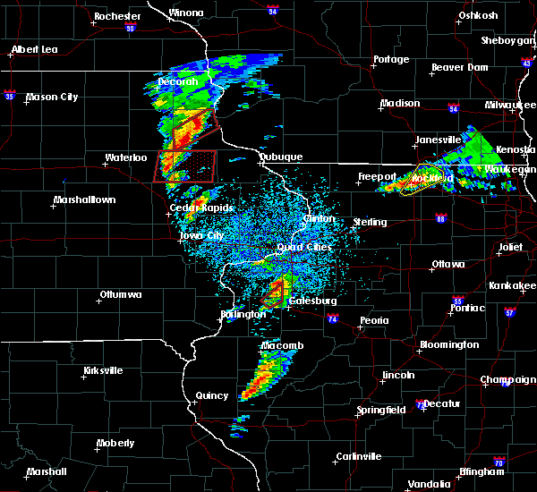 Radar Image for Severe Thunderstorms near Martelle, IA at 3/28/2020 7:23 PM CDT