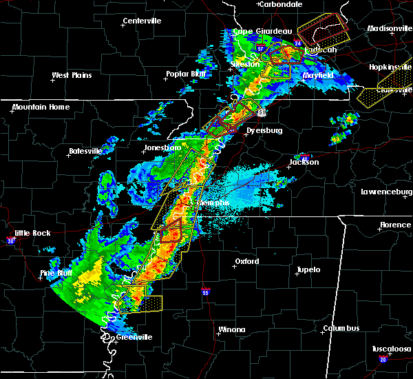 Radar Image for Severe Thunderstorms near Collierville, TN at 3/28/2020 7:29 PM CDT