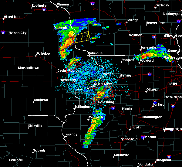 Radar Image for Severe Thunderstorms near Martelle, IA at 3/28/2020 7:40 PM CDT