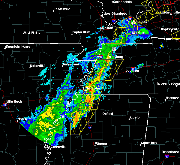Radar Image for Severe Thunderstorms near Collierville, TN at 3/28/2020 8:10 PM CDT