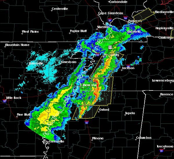Radar Image for Severe Thunderstorms near Collierville, TN at 3/28/2020 8:24 PM CDT