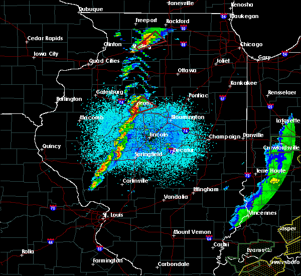 Radar Image for Severe Thunderstorms near East Peoria, IL at 3/28/2020 9:16 PM CDT