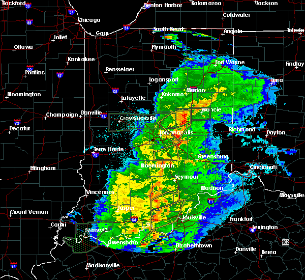 Radar Image for Severe Thunderstorms near Cumberland, IN at 3/28/2020 10:40 PM EDT