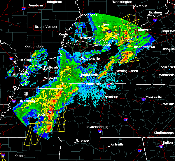 Radar Image for Severe Thunderstorms near Clarksville, TN at 3/28/2020 9:46 PM CDT