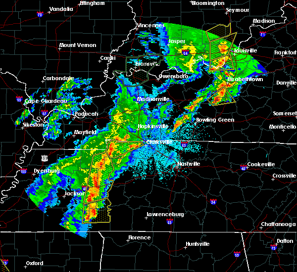 Radar Image for Severe Thunderstorms near Clarksville, TN at 3/28/2020 10:02 PM CDT