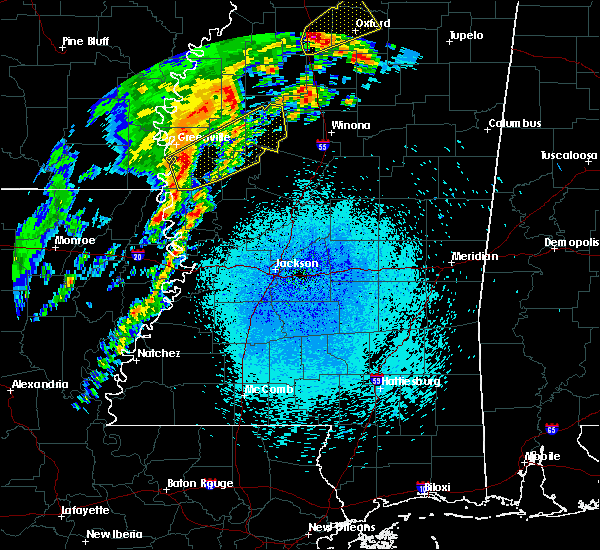 Radar Image for Severe Thunderstorms near Schlater, MS at 3/28/2020 10:11 PM CDT