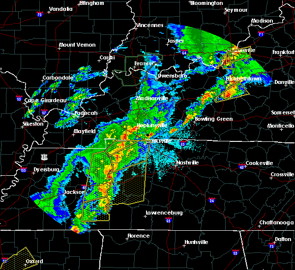 Radar Image for Severe Thunderstorms near Clarksville, TN at 3/28/2020 10:15 PM CDT
