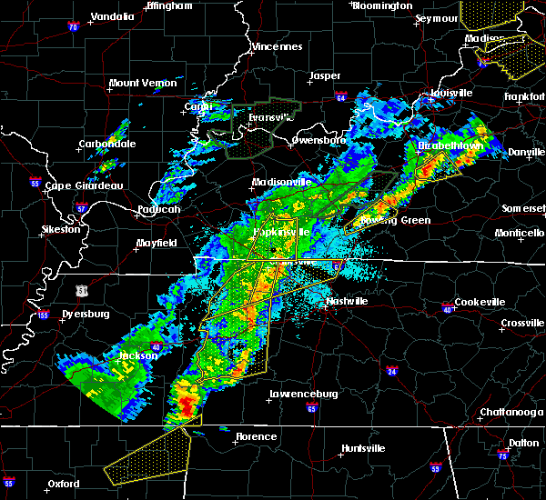 Radar Image for Severe Thunderstorms near Clarksville, TN at 3/28/2020 10:48 PM CDT