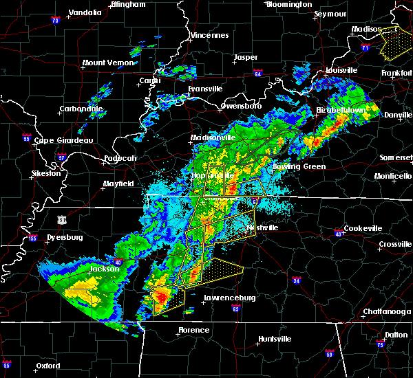 Radar Image for Severe Thunderstorms near Clarksville, TN at 3/28/2020 11:03 PM CDT
