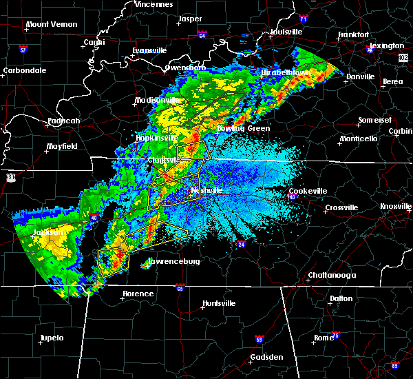 Radar Image for Severe Thunderstorms near Summertown, TN at 3/28/2020 11:24 PM CDT