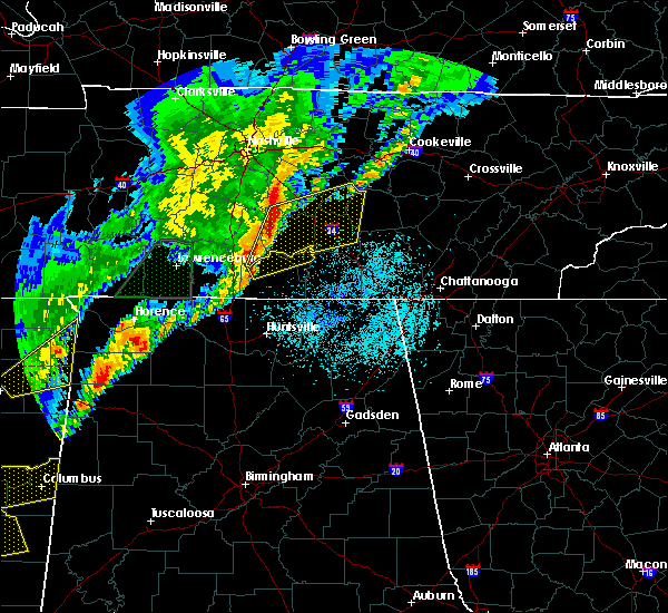 Radar Image for Severe Thunderstorms near Tullahoma, TN at 3/29/2020 1:35 AM CDT