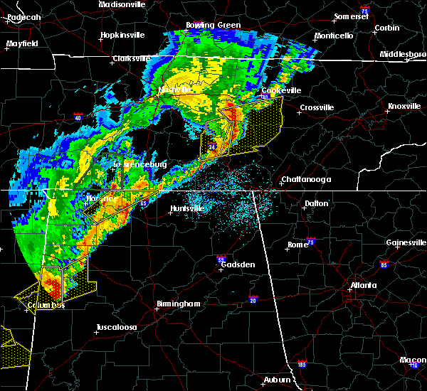 Radar Image for Severe Thunderstorms near Tullahoma, TN at 3/29/2020 2:14 AM CDT