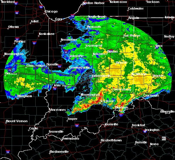 Radar Image for Severe Thunderstorms near Seymour, IN at 6/25/2015 8:34 AM EDT