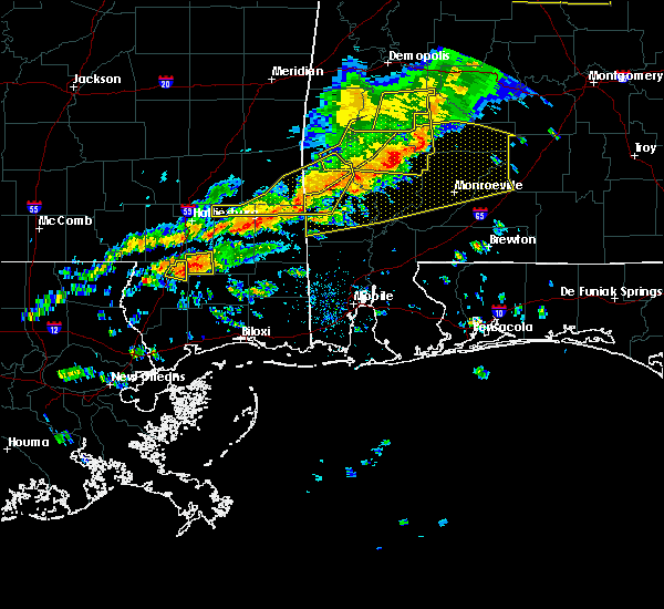 Radar Image for Severe Thunderstorms near Monroeville, AL at 3/31/2020 8:40 AM CDT