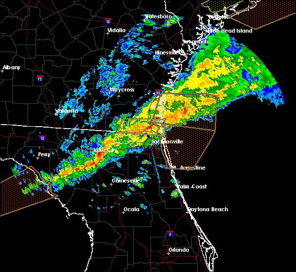 Radar Image for Severe Thunderstorms near Yulee, FL at 3/31/2020 6:06 PM EDT