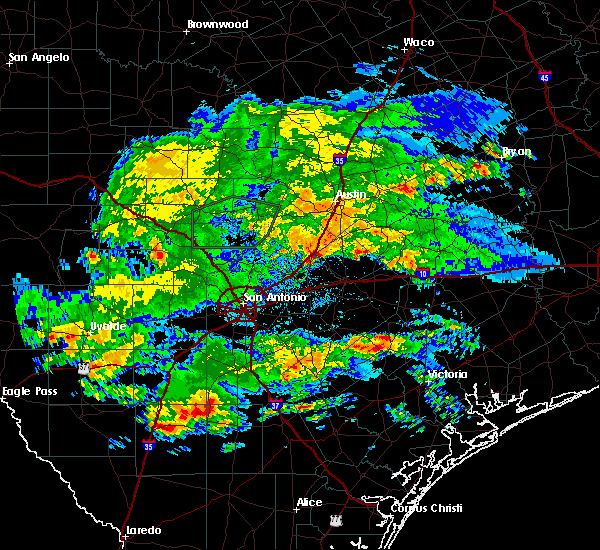 Radar Image for Severe Thunderstorms near Kyle, TX at 4/3/2020 4:28 PM CDT