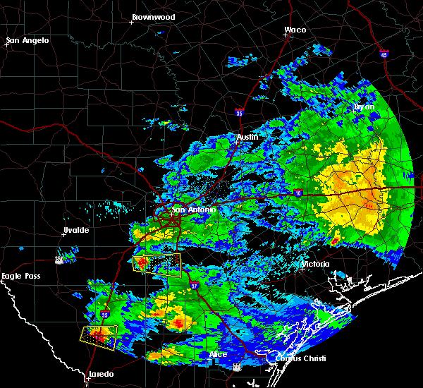 Radar Image for Severe Thunderstorms near Christine, TX at 4/3/2020 9:23 PM CDT