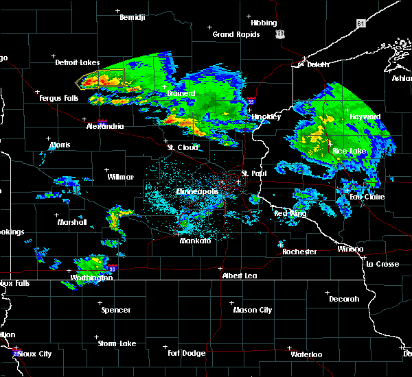 Radar Image for Severe Thunderstorms near Pequot Lakes, MN at 4/7/2020 3:40 AM CDT