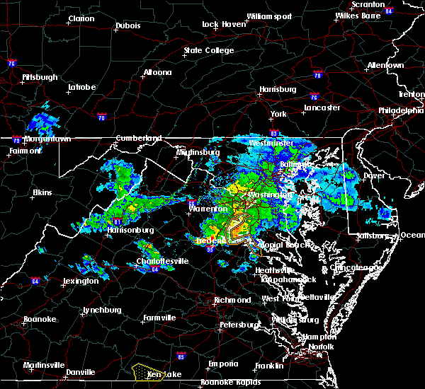 Radar Image for Severe Thunderstorms near Passapatanzy, VA at 4/7/2020 3:32 PM EDT