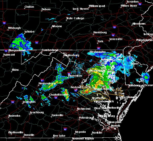 Radar Image for Severe Thunderstorms near Lexington Park, MD at 4/7/2020 4:07 PM EDT