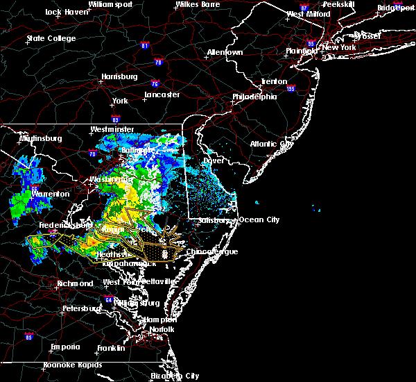 Radar Image for Severe Thunderstorms near Lexington Park, MD at 4/7/2020 4:21 PM EDT