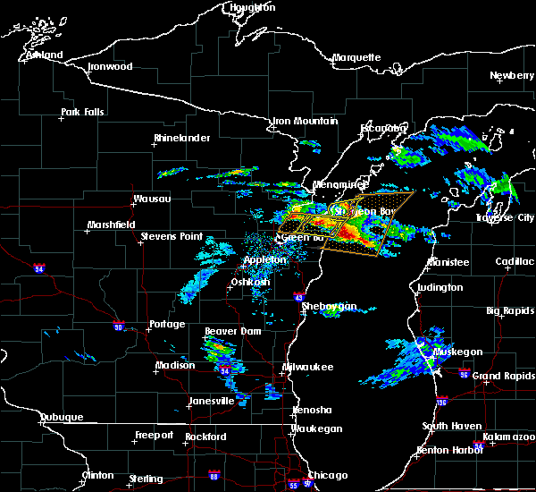 Radar Image for Severe Thunderstorms near Sturgeon Bay, WI at 4/7/2020 3:30 PM CDT