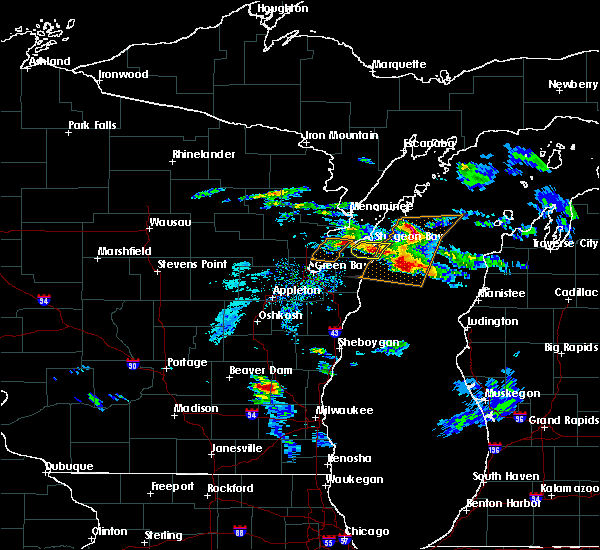 Radar Image for Severe Thunderstorms near Sturgeon Bay, WI at 4/7/2020 3:39 PM CDT