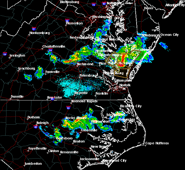 Radar Image for Severe Thunderstorms near Belle Haven, VA at 4/7/2020 5:38 PM EDT