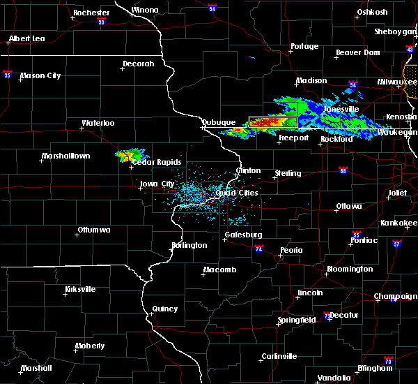Radar Image for Severe Thunderstorms near Lake Summerset, IL at 4/7/2020 5:58 PM CDT