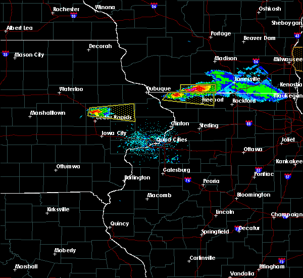 Radar Image for Severe Thunderstorms near Lake Summerset, IL at 4/7/2020 6:06 PM CDT