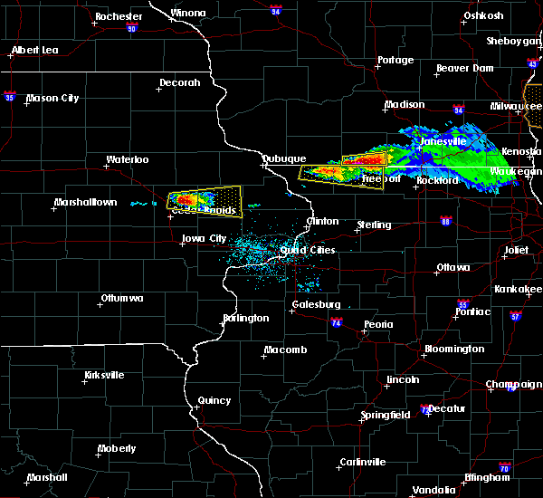 Radar Image for Severe Thunderstorms near Lake Summerset, IL at 4/7/2020 6:14 PM CDT